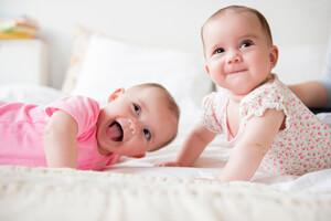 四个月宝宝前卤门很小是怎么回事